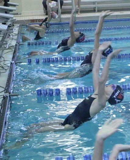 Top_story_d0f0916fa28708d7f2ec_swimteam_1