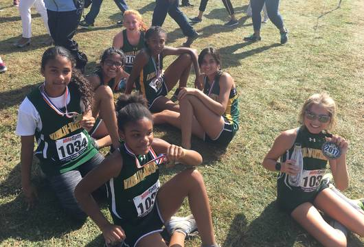 Top_story_d34b6bc88ad9dabedc0d_girls_medals
