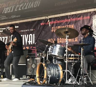 Top_story_e9c6a227c1ffd689ee64_sompixjazz2017bass_drums