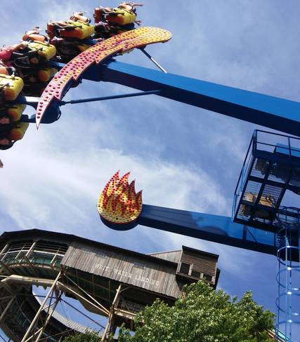 Top_story_f56aa8e62ce1266bda57_amusement_park