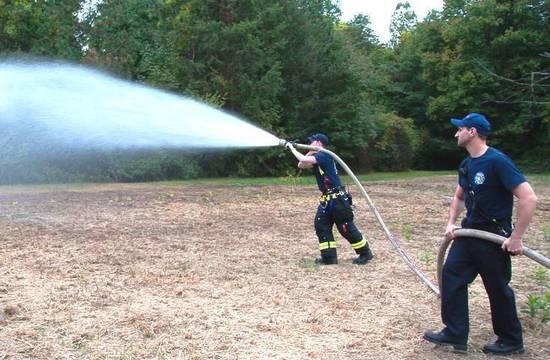 Top_story_fc00427c0b6efd90cdca_firemen