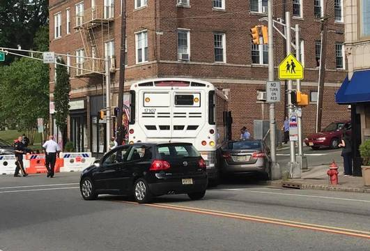 Top_story_fe51836f34cc567f2181_nutley_bus_accident_june_21